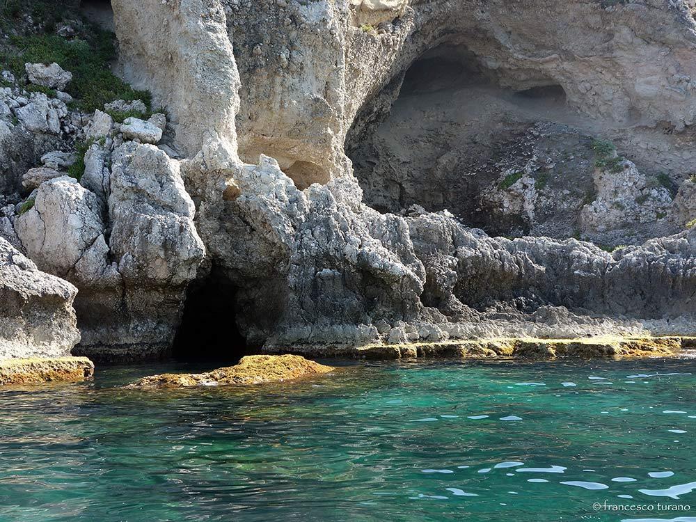 Escursioni Milazzo e Isole eolie terrestri e marine-Gamba donna-Blunauta Diving Center